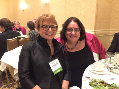 Catherine Luthin (right) of Luthin Associates with fellow WSLA recipient, Dr. Duygu Erten (left) of TURKECO Consulting at awards ceremony held on November 7, 2017.