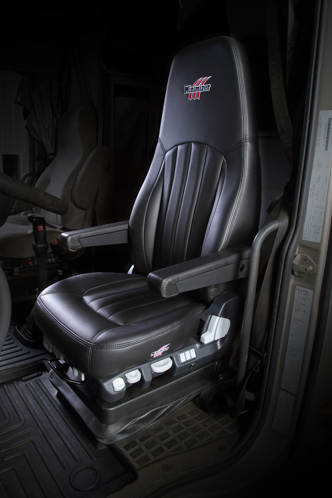 The Minimizer Long Haul Series Seat is designed with a truck driver's health and safety in mind, no matter their gender