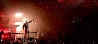 Enrique Iglesias and Pitbull Live! Tour Image Credit: Greg Watermann