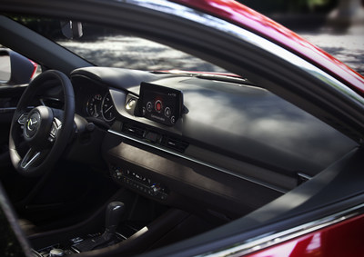 Intérieur de la berline Mazda6 (spécifications pour le marché nord-américain) (Groupe CNW/Mazda Canada Inc.)
