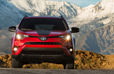 red 2018 Toyota RAV4 front exterior
