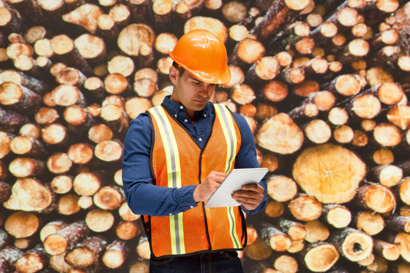 """""""BisTrack Warehouse Management for Android and the new BisTrack Price Checker are just the latest examples of our continued investment in fit, ease, and growth for lumber and building materials businesses,"""" said Kevin Hodge, Director, Product Development and Product Management, LBM, Epicor."""