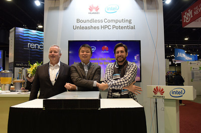 William Dong, Vice President of the Data Center Solution Marketing Dept of Huawei EBG (center), Mark Spargo, Global HPC Sales Director, Intel Data Center Sales Group (left), and Jeff ErnstFriedman, Program Manager, OpenHPC (right) attend Huawei FusionServer V5 4-socket server release ceremony.