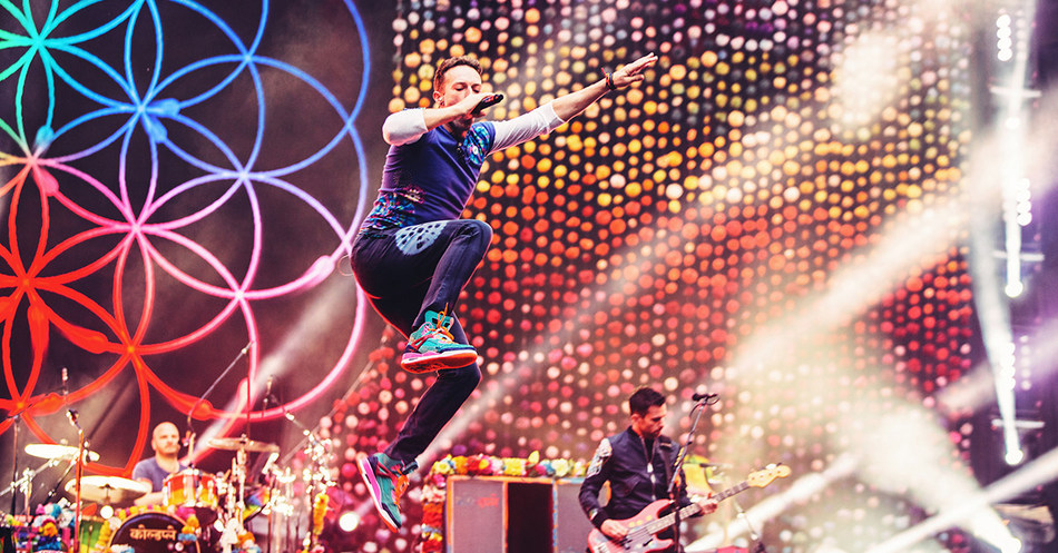 "Coldplay's ""A Head Full Of Dreams Tour"" Becomes Third Highest Grossing World Tour Of All Time (PRNewsfoto/Live Nation Entertainment)"