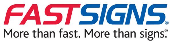 FASTSIGNS logo (PRNewsFoto/FASTSIGNS)