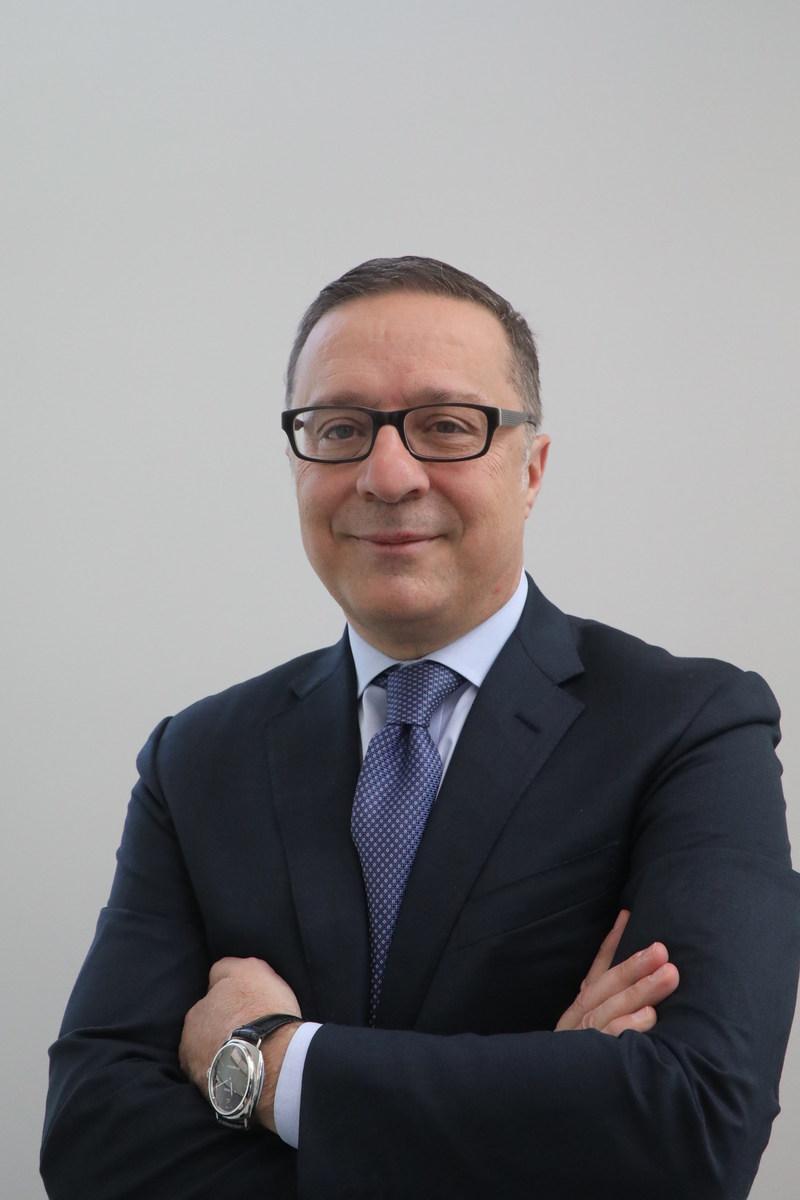 Frédéric Fasano, chef de la direction, Servier Canada Inc. (Groupe CNW/Médicaments novateurs Canada)