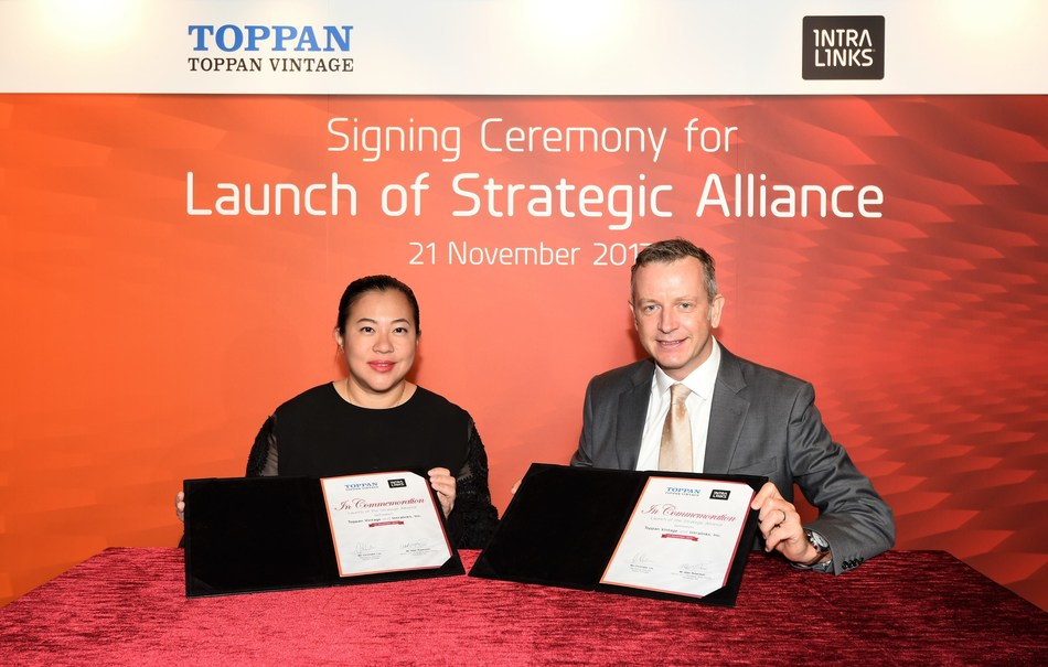 Christabel Lee, Managing Director, Toppan Vintage Limited (Left) and Allan Robertson, Senior Vice President, Asia Pacific, Intralinks (Right)
