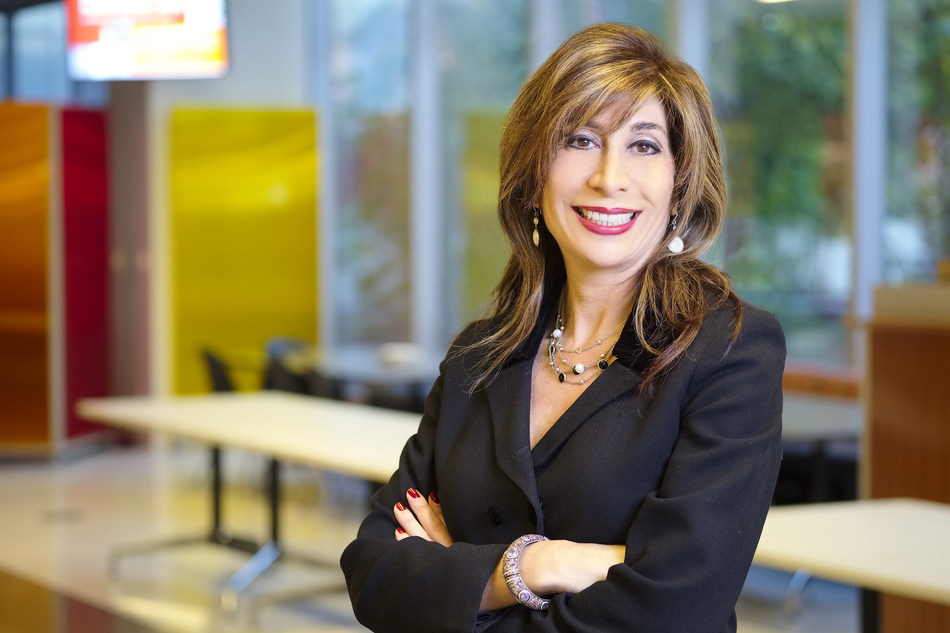 Diane Kazarian, New GTA Leader and National Financial Services Leader, PwC Canada (CNW Group/PwC (PricewaterhouseCoopers))