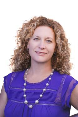 Tanya E. Delahoz, Managing Broker/Owner