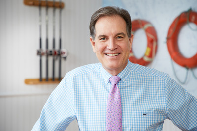 Jim Nantz in his Forget-Me-Knot tie