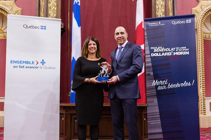 Félicitations à Mme Sylvie Potvin, lauréate de la région des Laurentides (Groupe CNW/Cabinet du ministre de l'Éducation, du Loisir et du Sport)