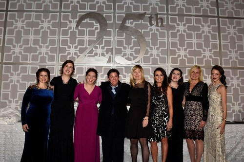 The winners of the 2017 RBC Canadian Women Entrepreneur Awards with Women of Influence Co-CEOs Stephania Varalli and Alicia Skalin. (CNW Group/Women of Influence Inc.)
