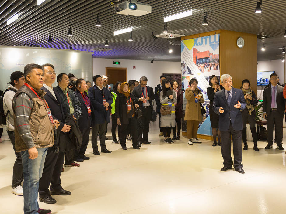 Delegates of the China-ASEAN Member States Information Ministerial Meeting visited XJTLU in Suzhou, China for the first time and were addressed by executive president, Professor Youmin Xi.