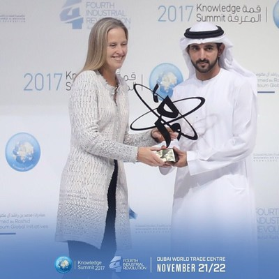Announcing one of the winners for the 2017 KnowledgeAward:  Wendy Kopp, Founder of Teach For America and CEO/Co-Founder of Teach For All. (PRNewsfoto/Mohammed Bin Rashid Al Maktoum F)