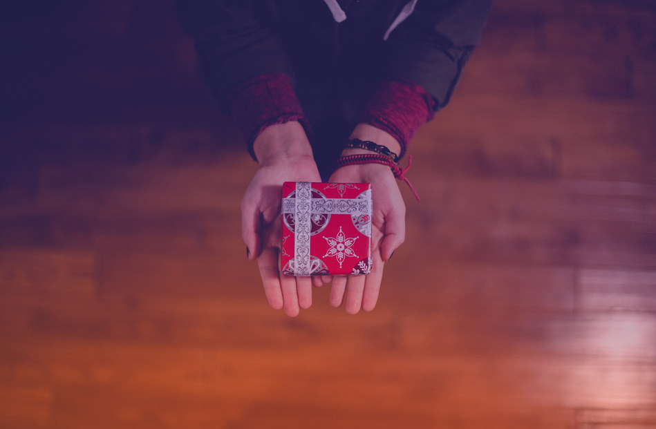 Black Friday And Charity: Canadians Question Whether Retailers Are Really Helping Out Or Just Cashing In (CNW Group/CHIMP)