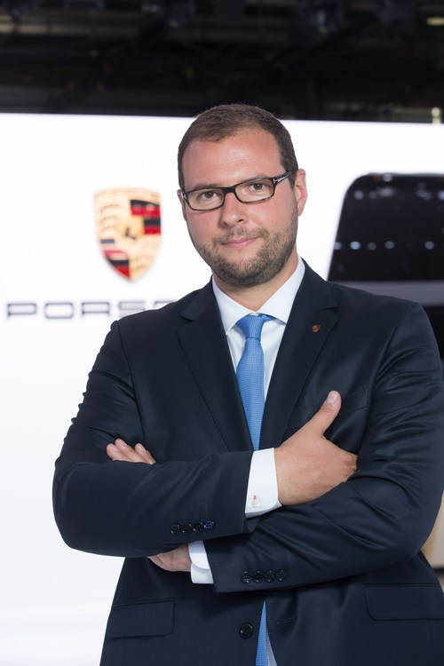 Porsche Cars Canada announces Marc Ouayoun as new President and CEO effective January 1, 2018. For the past six years, Mr. Ouayoun has been the Managing Director at Porsche France. He succeeds Alexander Pollich who will assume a new role as Managing Director at Porsche Cars Great Britain after more than four years leading the Canadian organization. (CNW Group/Porsche Cars Canada)