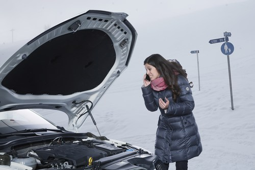 For a good start to the winter: Get your battery checked by an expert! (PRNewsfoto/Johnson Controls)