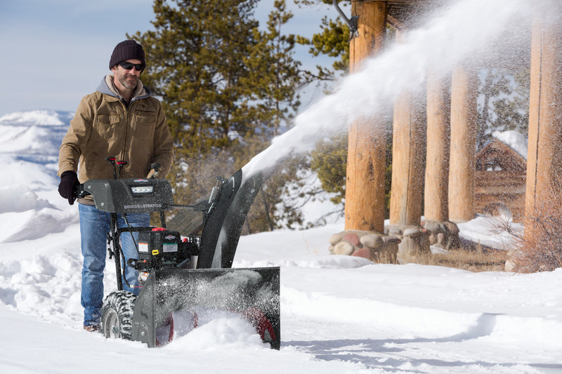 Briggs & Stratton reminds users to perform their annual tune-up before snow starts to fall.