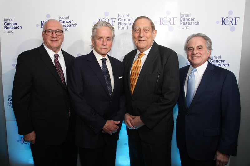 The Israel Cancer Research Fund raised close to $700,000 at its Tower of Hope Gala honoring (L to R) Dean Blumenthal, Lion Brand Yarn Company; Michael Douglas, actor and producer; Dr. Morton Coleman, Clinical Professor of Medicine at the Weill Cornell Medicine/New York –Presbyterian Hospital; and Benjamin Brafman, Master of Ceremonies and criminal defense lawyer.