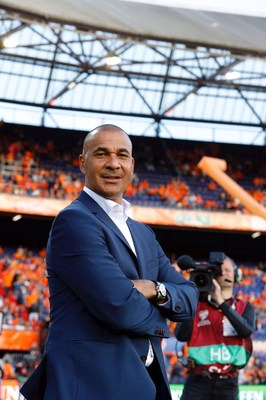 Final Draw is coming: Hisense invites footballing legend Ruud Gullit to take over their Social Channels