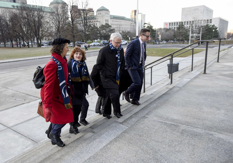 The Trinity Western University team (left to right: Janet Epp Buckingham, Jessie Legaree, President Bob Kuhn, and Brayden Volkenant) on their way to Supreme Court (Photo Credit: Trinity Western University) (CNW Group/Trinity Western University)