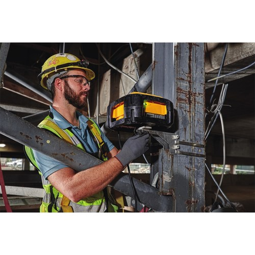 DEWALT® launches its Jobsite WiFi System Access Points (DCT100) which are Made in the USA with global materials. First announced in May 2017 at ENR FutureTech, where leading construction teams learn about today's innovative applications of technology, DEWALT Jobsite WiFi System Access Points are built to withstand tough construction site conditions.