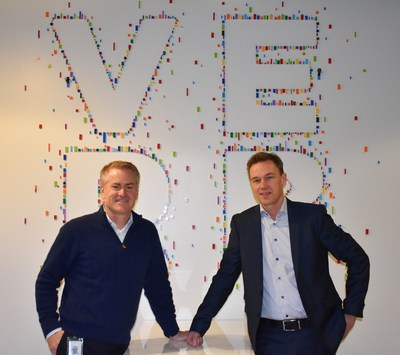 Scott Huennekens, President & CEO of Verb Surgical and Mattias Perjos, President & CEO Getinge