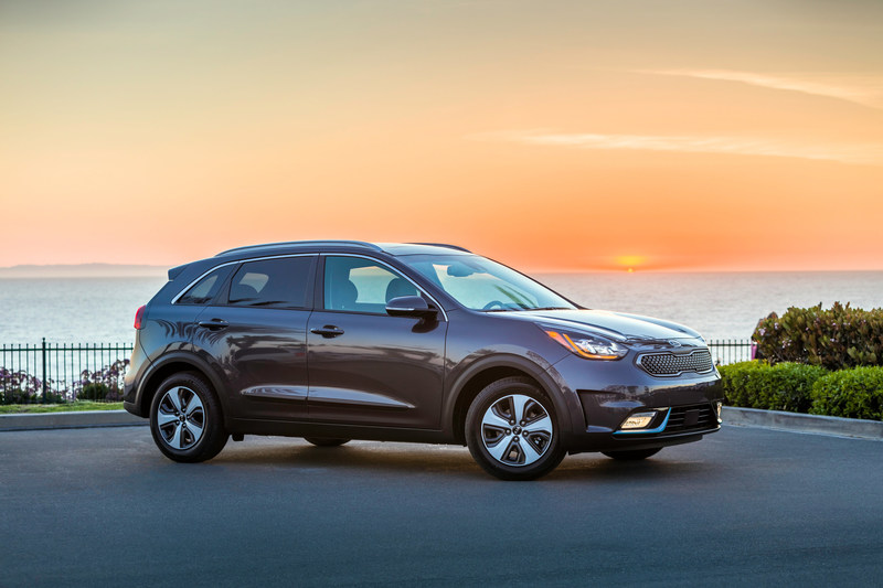 The All New 2018 Kia Niro PHEV (CNW Group/Kia Canada Inc.)