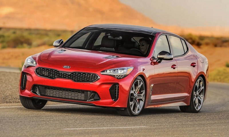 Kia Stinger named finalist for 2018 North American Car of the Year award
