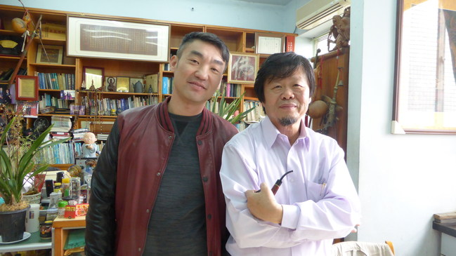 """Verdancy co-founder Volker Chen and the lead consultant for agriculture, """"Plant Dr."""" Tsay Tung-tsuan"""