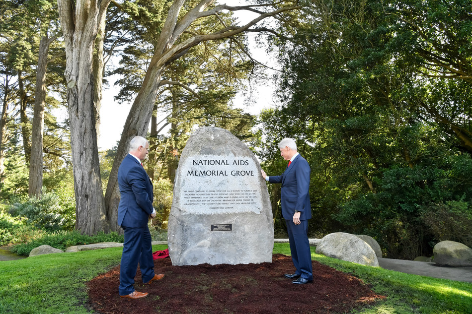 The National AIDS Memorial dedicates a boulder in honor of President Bill Clinton during World AIDS Day observances in San Francisco.  Pictured with the President John Cunningham, Executive Director. (Photo Credit: Trish Tunney)