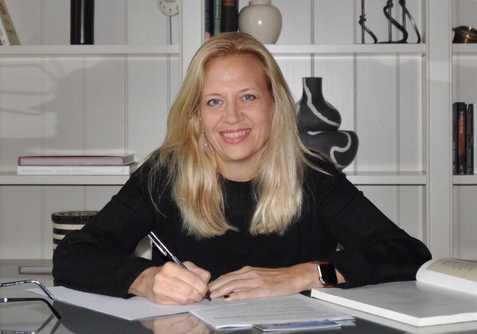 Lauren Wylonis, CEO, lighting designer and curator at KingsHaven