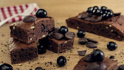 Black olives brownie
