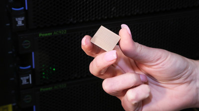 IBM's new POWER9 processor is designed to manage free-flowing data, streaming sensors and algorithms for data-intensive AI workloads. The processor uses 14nm technology and is embedded with eight billion transistors. (Photo Credit: Jack Plunkett/Feature Photo Service for IBM).