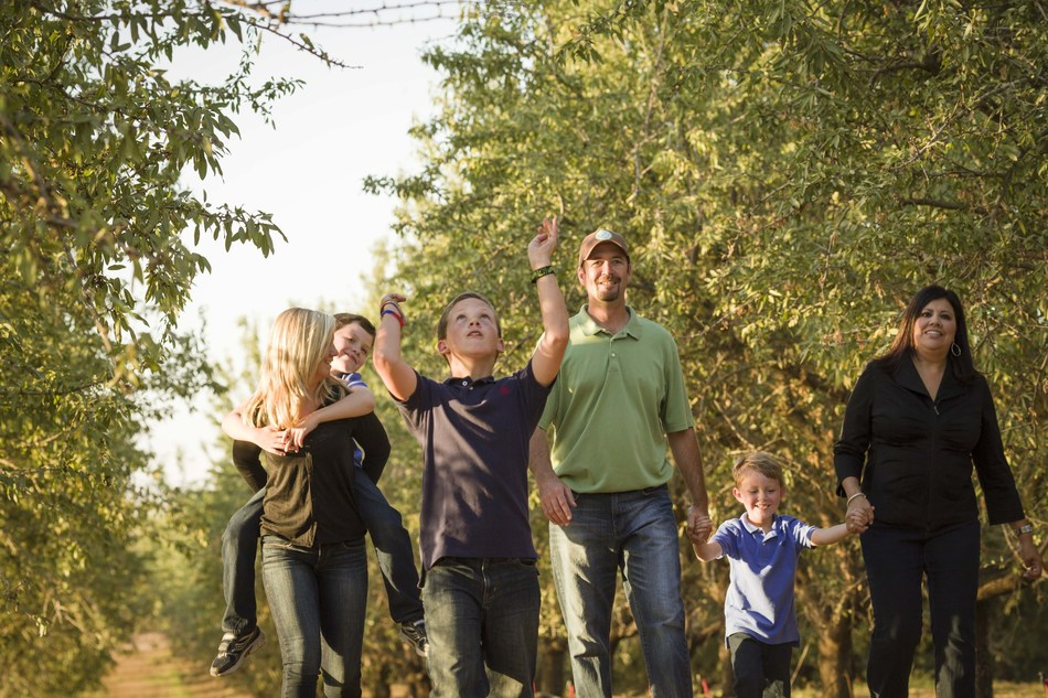 Over 90% of California Almond farms are family farms, and many are owned and operated by third-and fourth-generation farmers who live on the land and plan to pass it down to their children.