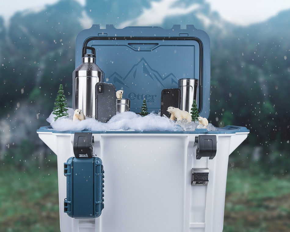 Deck the halls with OtterBox Venture Coolers and accessories! Venture Coolers are the perfect gift for anyone on your wishlist, whether they love outdoor adventures or backyard barbecues.