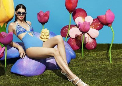 Gold in Fashion for La Perla Campaign with Kendall Jenner. (PRNewsfoto/World Luxury Award)