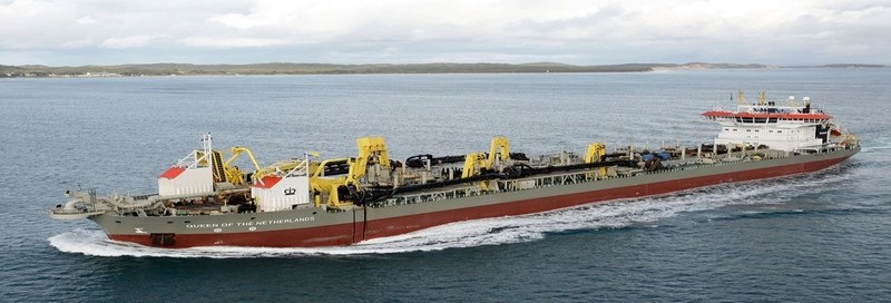 A modified version of the trailing suction hopper dredger pictured above will separate a 30cm thick seafloor layer of phosphate nodules, together with the surrounding sand, sieve the nodules from the sand on board the vessel, return the sand to the seafloor and take the nodules to the operation's home port. From there an estimated 29% of the nodules will be processed and used in New Zealand and the balance exported to neighbouring countries. (CNW Group/Chatham Rock Phosphate)