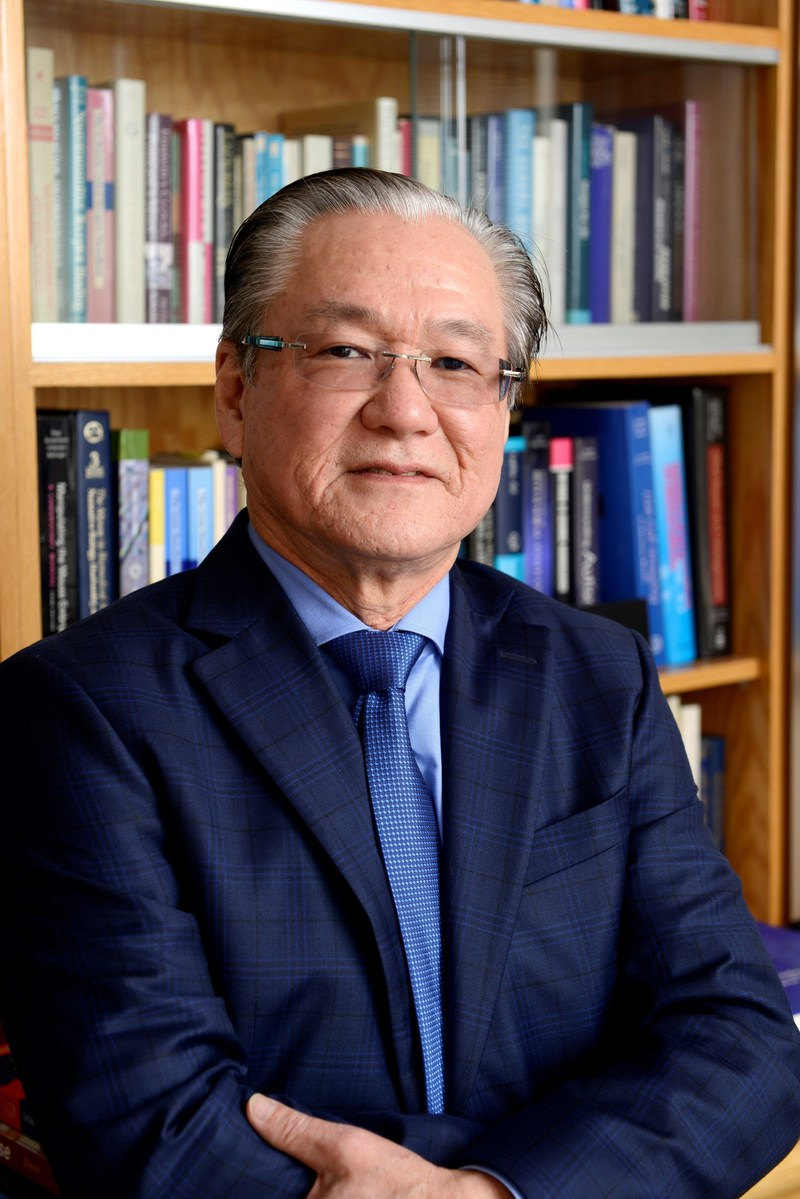 Dr. Joseph S. Takahashi, Chair of Neuroscience and Investigator with the Howard Hughes Medical Institute.