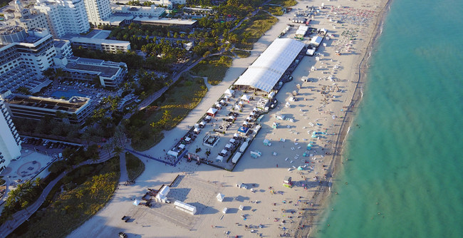 Aerial view of signature tasting venue on Miami Beach during the 2017 Food Network & Cooking Channel South Beach Wine & Food Festival.