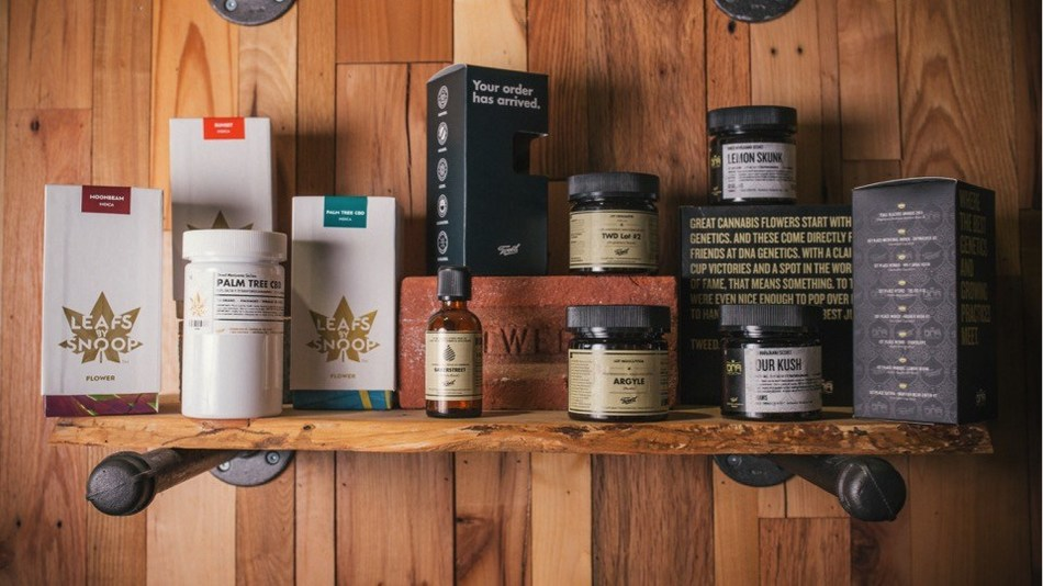 Tweed, DNA Genetics, and Leafs By Snoop are some of the many brands sold under Canopy Growth's portfolio (CNW Group/Canopy Growth Corporation)