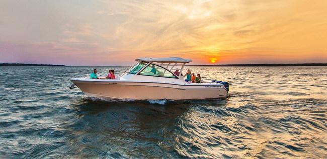 Test drive your favorite Grady-White boat model on Dec 8th through Dec 10th!