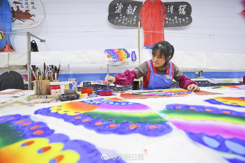 Traditional handicraft in Weifang that are recognized as national intangible cultural heritage. (PRNewsfoto/The Publicity Department of the)
