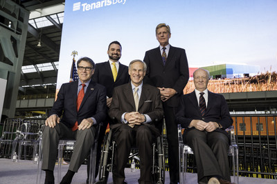 Honored attendees of the Dec. 11 ceremonial opening of TenarisBayCity included Bay City Mayor Mark Bricker, Matagorda County Judge Nate McDonald (back left to right), U.S. Energy Secretary Rick Perry, Texas Governor Greg Abbott, and Tenaris Chairman & CEO Paolo Rocca (front left to right).