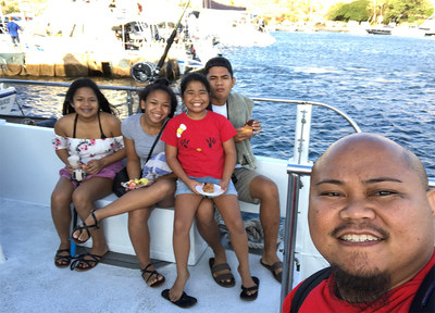 Army veteran Brad Juliano and family prepare to set sail on a snorkeling adventure with Wounded Warrior Project.