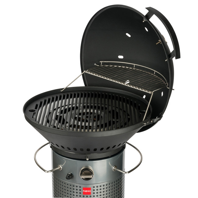 Larger grilling surface includes a 110 sq. in. warming rack.