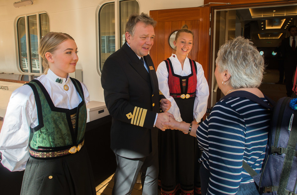 Viking Sun Captain Atle Knutsen and staff welcome World Cruise guests onboard in Miami on December 15. Viking Sun will set sail today on Viking's first World Cruise, from Miami to London. The sold out 141-day itinerary will span five continents, 35 countries and 64 ports. It will first explore Cuba and the Caribbean, before sailing the Panama Canal to its first West Coast port of call in Los Angeles, home of Viking's U.S. headquarters. Visit www.vikingcruises.com for more information.