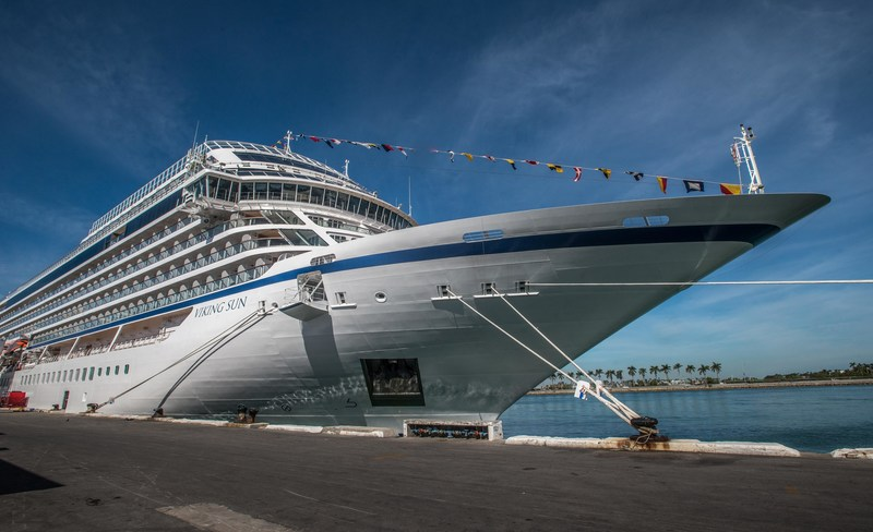 Viking Sun Sets Sail On First World Cruise From Miami To London - Cruise ship in london