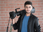 Pranay Patel, 19-year old wildlife photography enthusiast, joins hands with Praveg Communications Limited (PRNewsfoto/Praveg Communications Limited)
