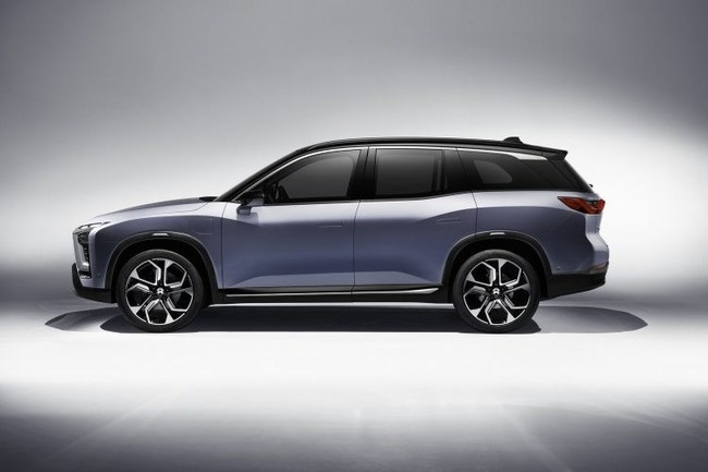 The NIO ES8 electric SUV has key systems supplied by Magna: the aluminum front sub-frame and rear cradle, the gearboxes for both e-drive systems and the latching system for the side doors and hood. (CNW Group/Magna International Inc.)